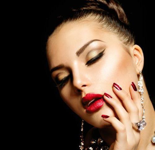 airbrush za primjenu šminke