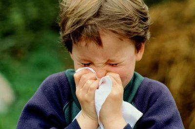 kapi spreja u nosu od alergija