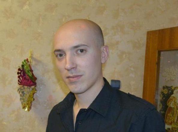 Andrey Rilev je virtualni asistent i mentor onih koji su strastveni oko bitke za dvorce