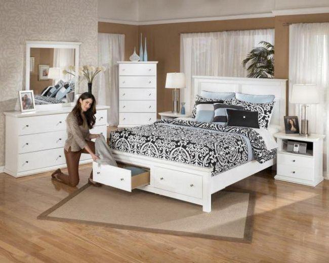 bijeli bračni krevet od ekološke kože
