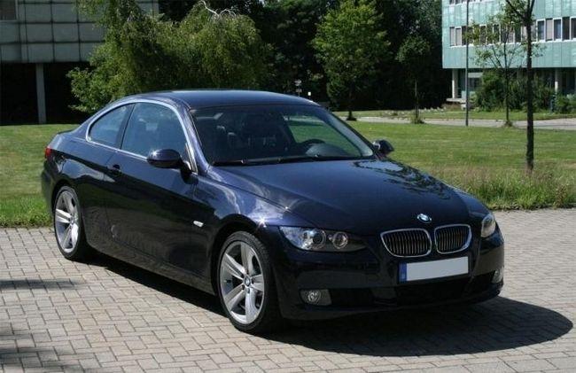 BMW 325i -