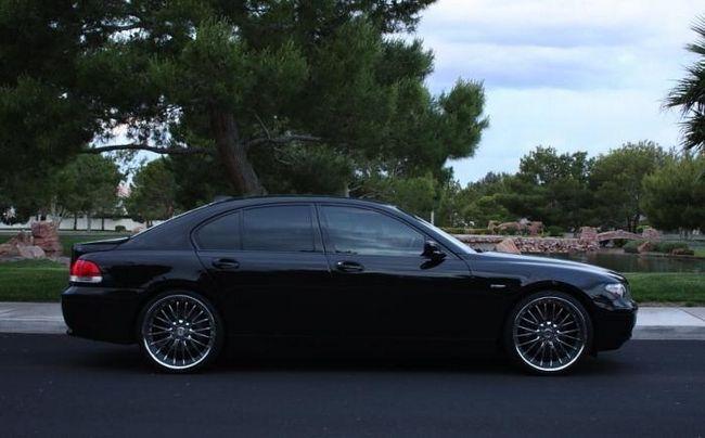 BMW 745: klasična njemačka automobilska industrija
