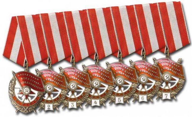 Red radne crvene bannera