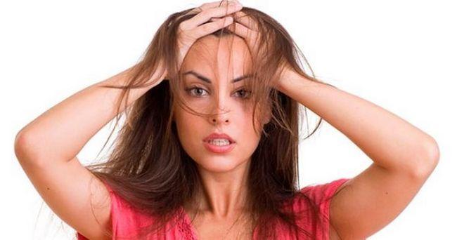 Jako ispadati kosu, što raditi u kući