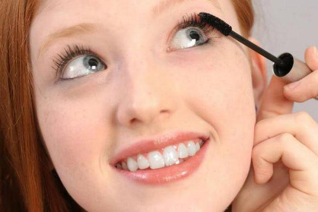 ukrasna kozmetika za djevojčice od 12 godina