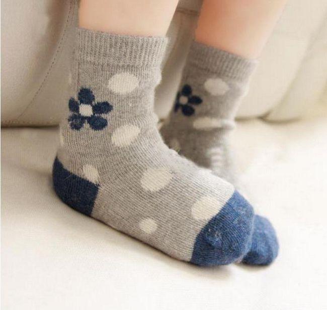 dječja vunena čarapa