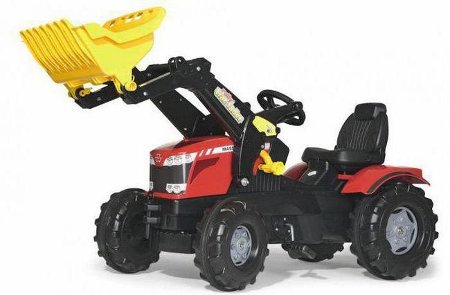 traktor s pedalom s kantom