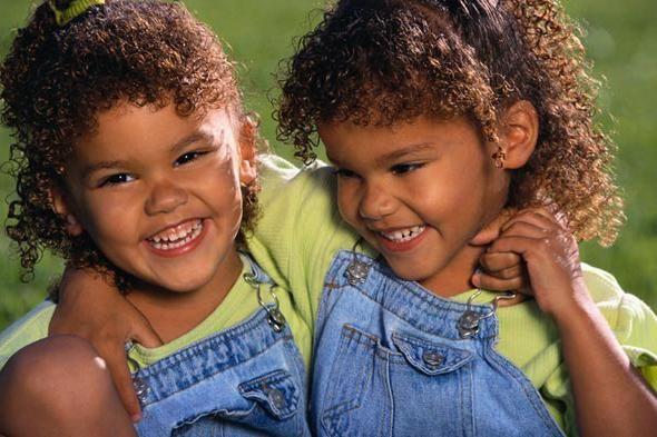 djelić diamonijalnih blizanaca fotografija
