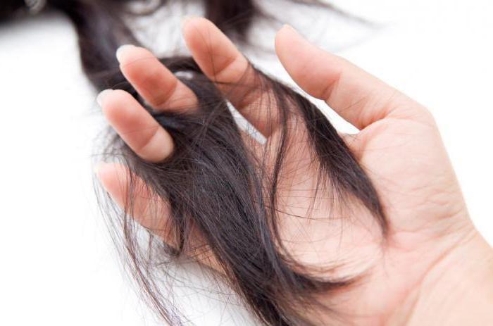 Jako ispadajte kosu na koju se liječnik primjenjuje