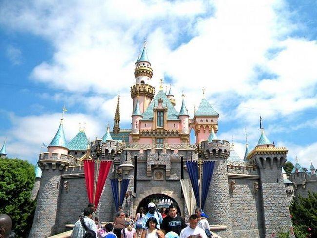Gdje su Disneylands (osim SAD-a)?