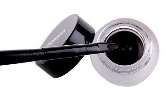 gel eyeliner za obrve kylie