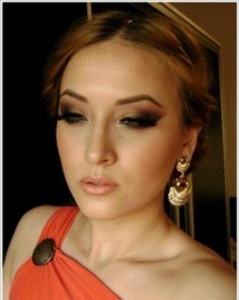 make-up na fotografiji u grčkom stilu