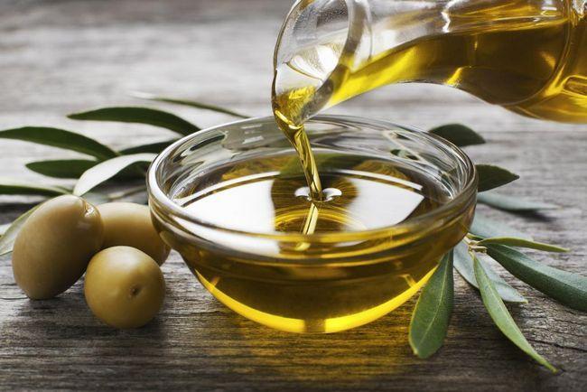 dodavanje maslinovog ulja na maske za senf