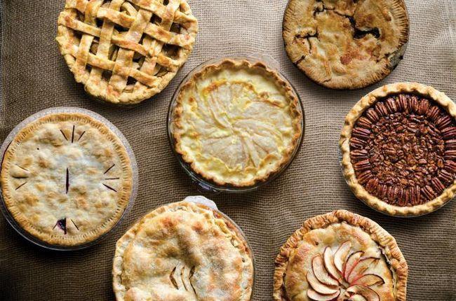 К чему снится пирог с вишней, с рыбой, с мясом, с капустой? К чему снится большой пирог и сладкий?
