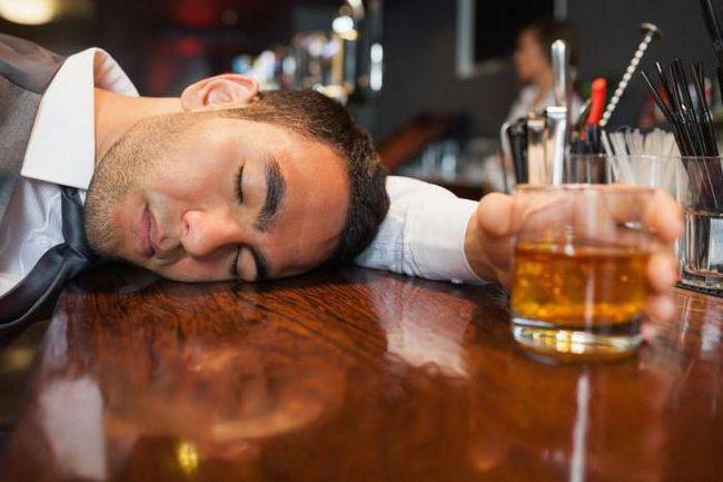 pijan čovjek