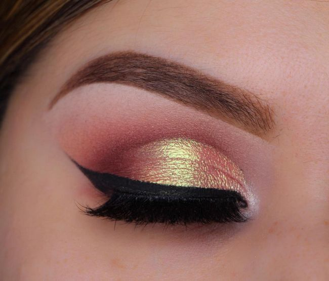 Šminka s narančastim sjenama