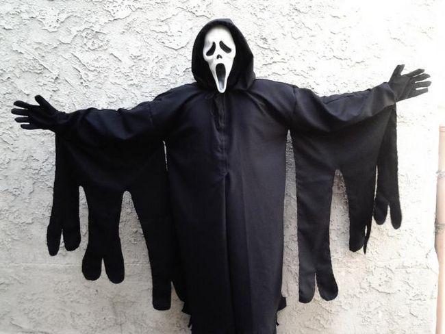 krikni kostim