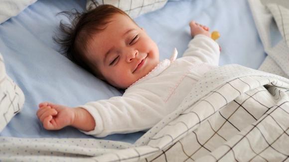 kako odvojiti dijete od bolesti kretanja na rukama