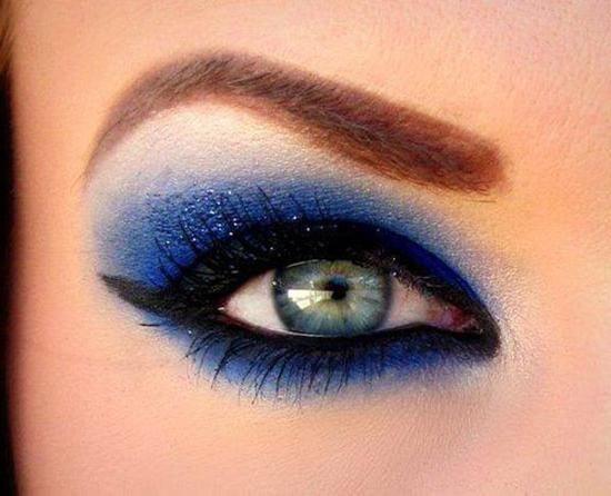 šminka oka s plavim sjenama
