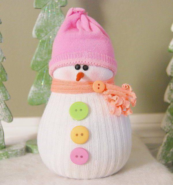 Как сделать из носка снеговика? Узнаем!