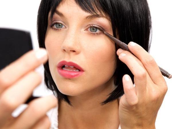 Kako napraviti šminku kod kuće