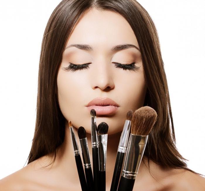 Izradite šminku kod kuće