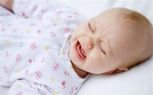 kako mirno novorođenče stalno krik