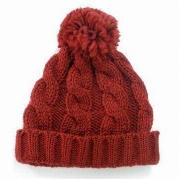 šešir s pompom