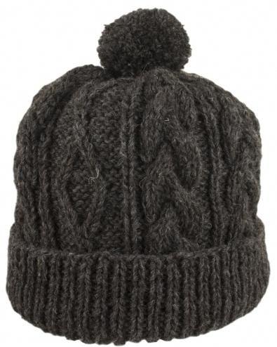 Spojite muške šešire s iglama za pletenje