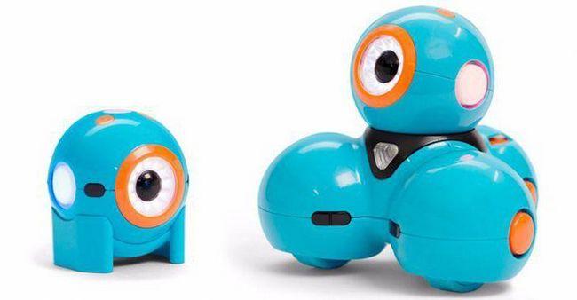 interaktivni robot igračka za dječaka