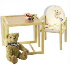 dječja stolica i stol za podizanje prema visini