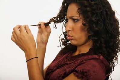 Kako izravnati kosu bez glačanja i sušila za kosu