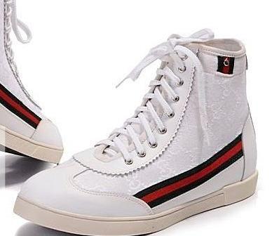Kako lijepim cipelama?