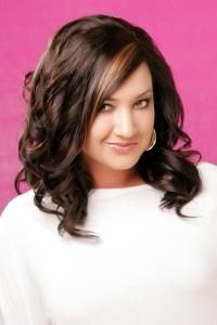Ženska frizura fotografija za okruglo lice