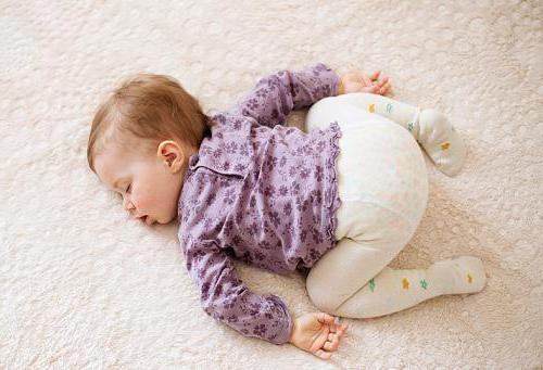 novorođenče ne vole ležati na trbuhu
