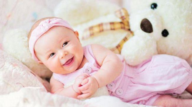 koliko mjeseci dijete počinje smijati