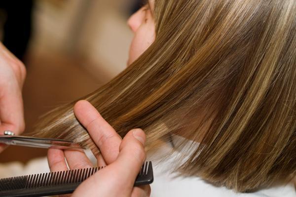 kada možete dobiti frizuru u studenom