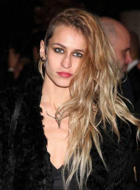 modna frizura asimetrija na srednjoj kosi