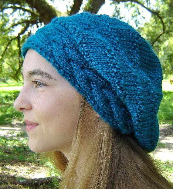 šešir s pletenicama