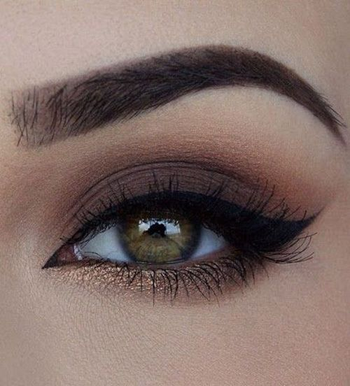 večernji make-up za smeđe oči fotografiju