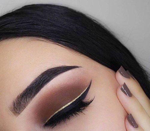 večernji make-up pod smeđim očima