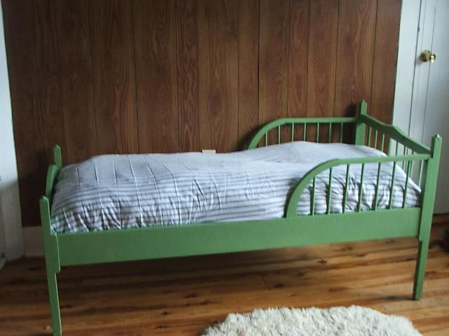 dječji krevet sa stranom od 2 godine