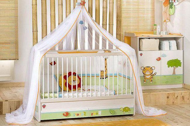 dječji krevetić za novorođenče