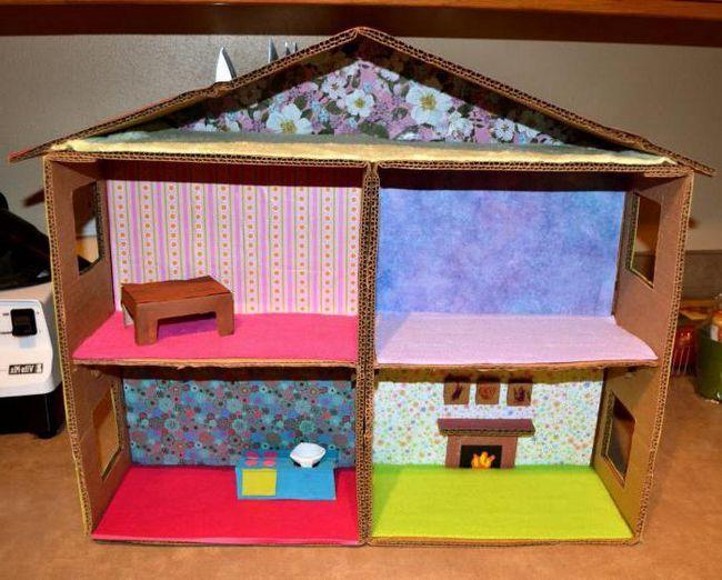lutka kuća kartona