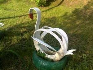Izrada labudova iz guma.