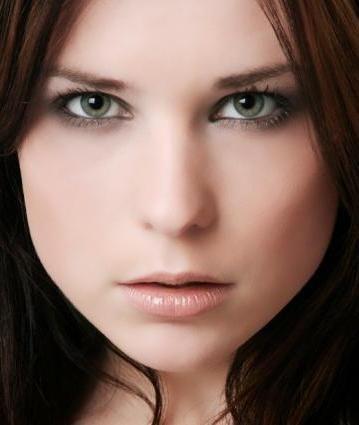 make-up za zeleno-sive oči