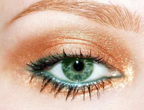 šminka za zelene oči i plavu kosu