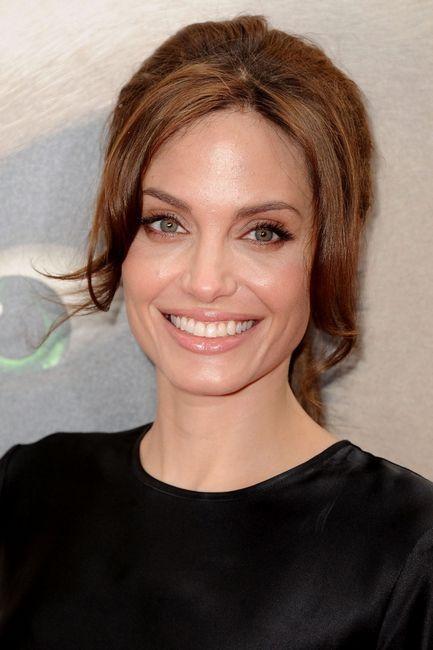 Dnevni makeup by Angelina Jolie