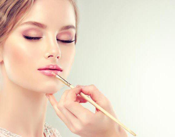nježan make-up u ružičastim tonovima
