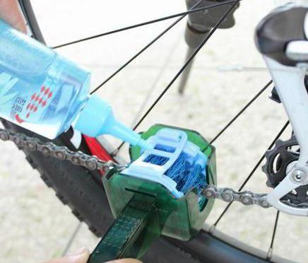 Čistač lanca za bicikle